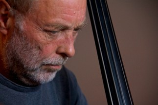 Cours de maître en jazz avec Dave Holland - « My personal journey and the art of improvisation »
