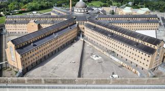 Les prisons de Montréal  du 17e  au 20e  siècle, avec Ginette Charbonneau