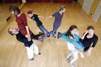 Session 4 à l'École OMNIBUS théâtre corporel   L'ALTÉRITÉ