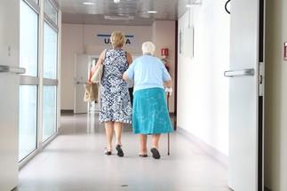 Locataires aînés : ce qu'il faut surveiller pour éviter les abus