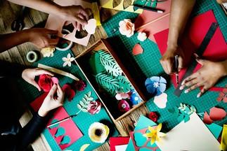 Après-midi au féminin : initiation à l'artisanat