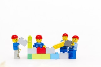 CLUB DE LEGO avec / with Benoît Caron