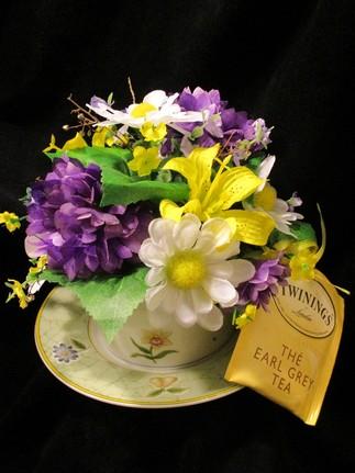 Atelier d'art floral : Un arrangement printanier pour Pâques (adultes)