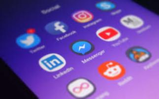Les médias sociaux, un monde à découvrir!