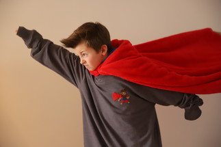 Brode un super-héros sur ton vêtement préféré