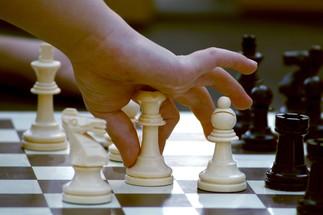 Jouons aux échecs (6 à 13 ans)